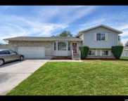 827 W Red Oaks Dr, Murray image