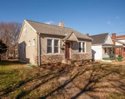 2515 Bredell, St Louis image