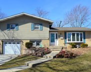 6154 Rob Roy Drive, Oak Forest image