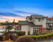 3740 W Commodore Wy, Seattle image