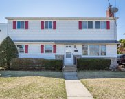 95 Meade Ave, Bethpage image