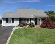 75 Indian Red Road, Levittown image