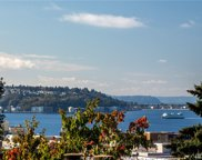 202 W Olympic Place Unit 402, Seattle image