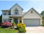 10 Aster Court, Delran image