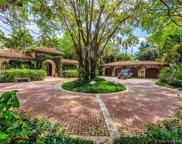 6385 Pinetree Drive Cir, Miami Beach image