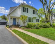 16 SOUTH CRESCENT, Maplewood Twp. image