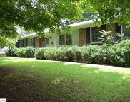 207 Lakewood Circle, Greer image
