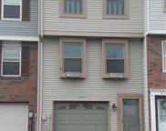 412 Timber Trl, North Fayette image