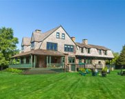601 Beavertail  Road, Jamestown image