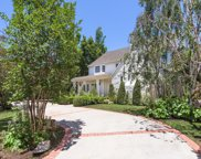 608 BEDFORD Drive, Beverly Hills image