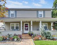 117 Carlyle  Place, Roslyn Heights image