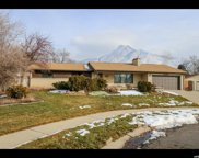 4635 S Cresthill Cir, Holladay image