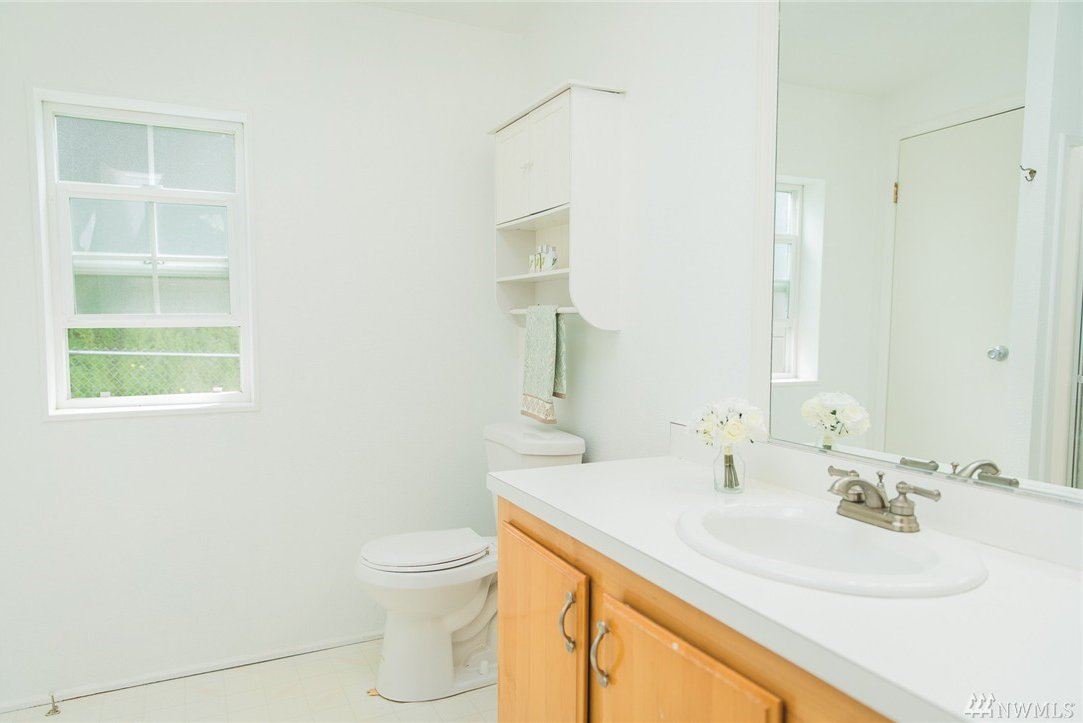 lakebay personals Our neck of the woods palmer lake is a neighborhood located on the key peninsula we are 16 miles from purdy/gig harbor and have over five hundred lots within the community.