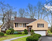 5  Barbara Place, Eastchester image