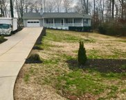 5637 Pinewood Dr Unit 8, Flowery Branch image