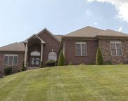 7919 Wooded Ridge Dr, Louisville image