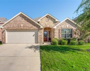 1128 Crest Breeze Drive, Fort Worth image