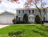 1525 Old Barn Circle, Libertyville image