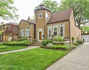 6633 North Hiawatha Avenue, Chicago image