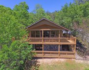 1725 Mountain View Court, Sevierville image