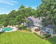12 Cherrywood  Road, Locust Valley image