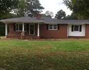 2084 Red Brush Road, Mount Airy image