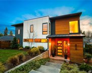 809 6th St, Kirkland image