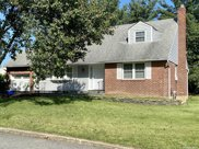 77 Roebling  Place, E. Northport image
