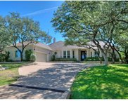 106 Clubhouse Dr, Lakeway image