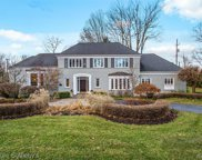1001 W GLENGARRY, Bloomfield Twp image