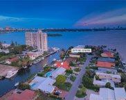 2075 Ne 121st Rd, North Miami image