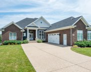 5604 Morningside Dr, Crestwood image