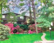 111 Lakeshore Drive, Eastchester image