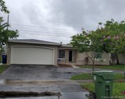 2111 Nw 93rd Ave, Pembroke Pines image