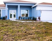 2002 SE Buttonwood Drive SE, Port Saint Lucie image