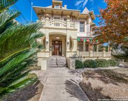 109 E Woodlawn Ave, San Antonio image