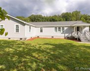 7854 Windy Hill Road, Gloucester West image