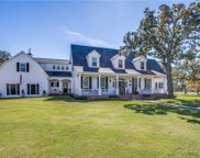 250 Pin Oak Court, Bartonville image