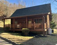 3150 Smoky Ridge Way, Sevierville image