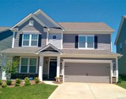2014  Burton Point Court Unit #1861, Waxhaw image