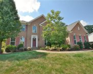 1617 Twin Oaks Dr, Franklin Park image