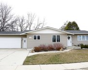 520 SW Forest Rd, Minot image