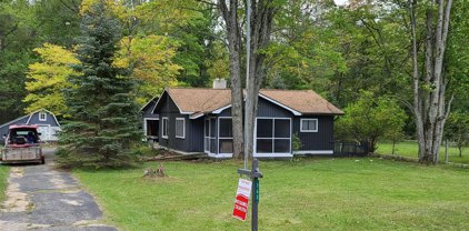 762 E M-30, Clement Twp