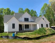 120 Castleview  Lane, Mooresville image