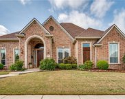 2424 Lady Of The Lake, Lewisville image