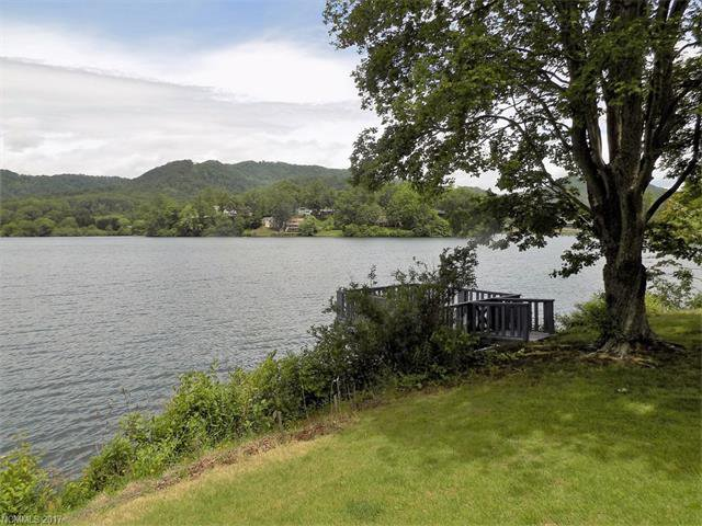 2821 lakeshore drive lake junaluska 28745 for Lake junaluska fishing