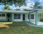 330 Nw 39th St, Oakland Park image