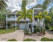 909 Point Seaside Drive, Crystal Beach image