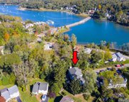 7 Country Lake Ct, Centerport image
