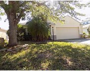 6422 Blue Grosbeak Circle, Lakewood Ranch image